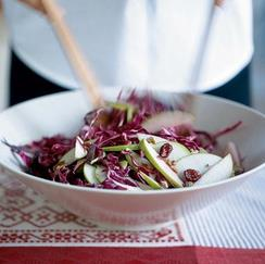 red cabbage, cranberry and apple slaw